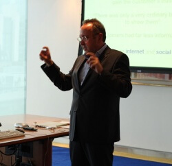 David Lomas talks about using social media to sales teams