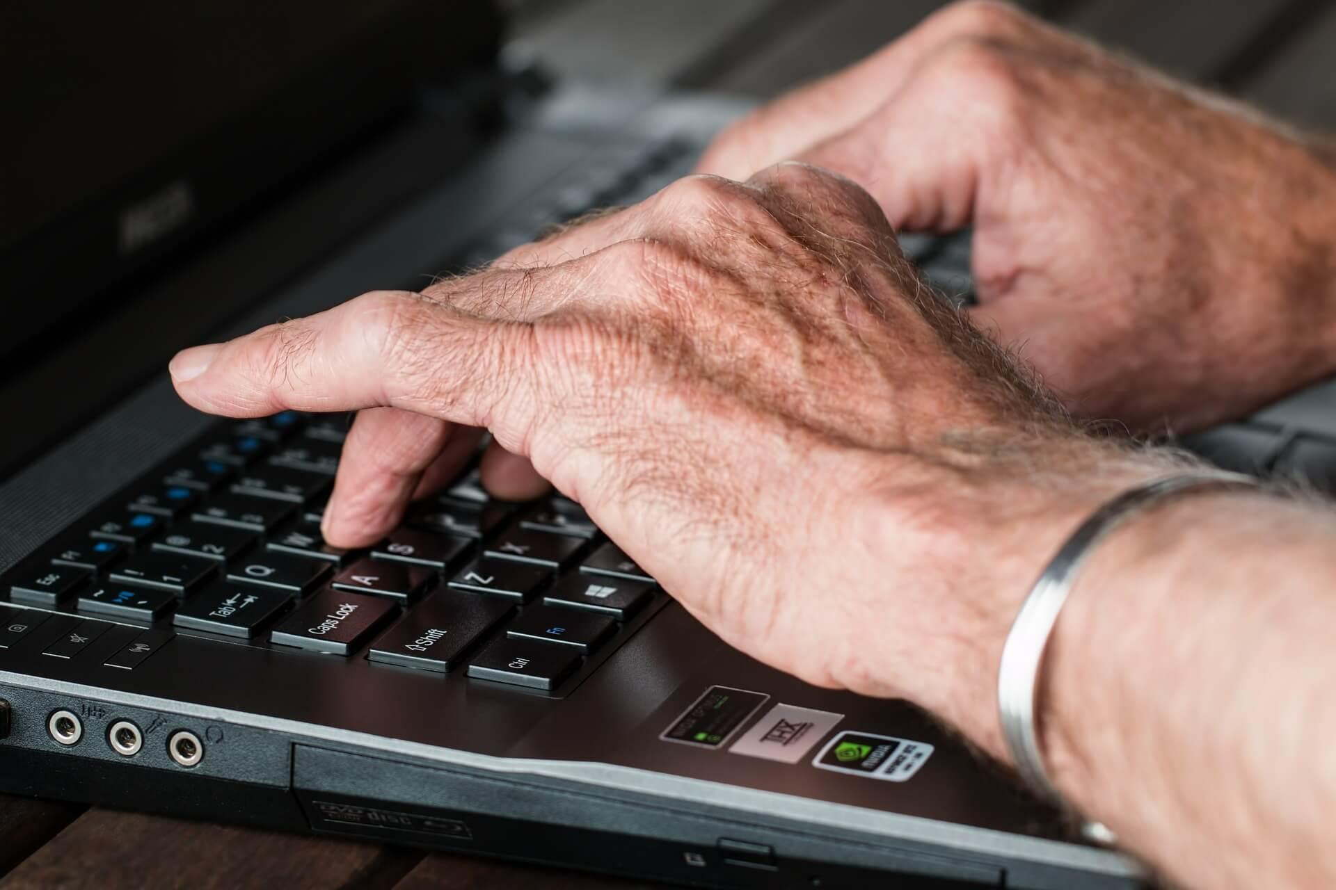 Can Senior Contractors Help Plug UK's Skills Shortfall?