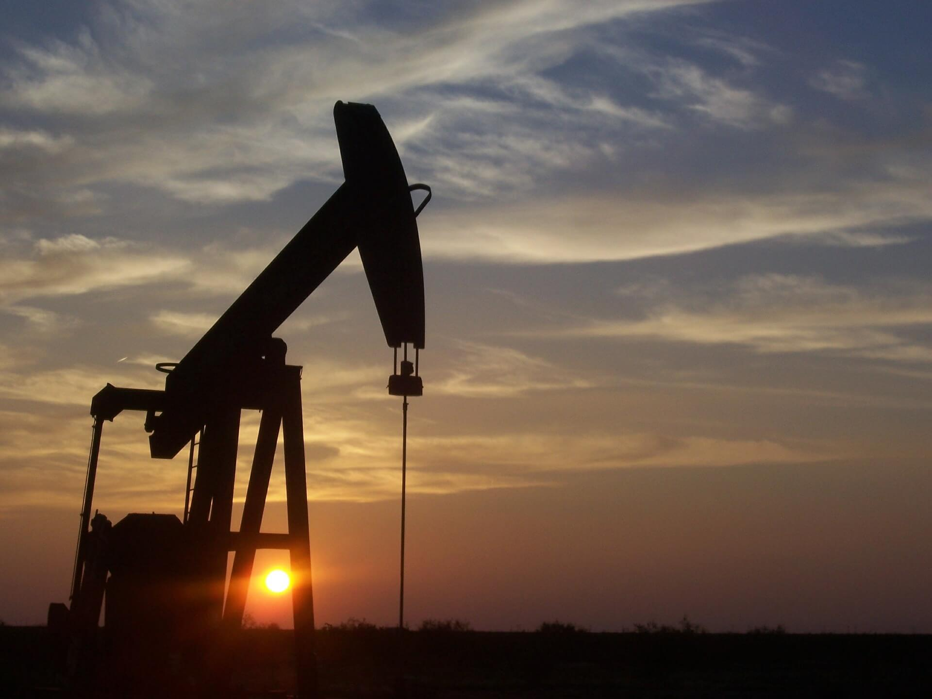 Oil and Gas Extraction: Will Contractors Reap the Benefits?